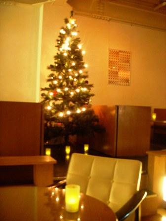 cafe_tree.JPG